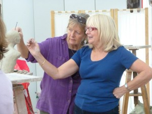 Clay Life Modelling Class at the Phoenix Studio, Towersey near Oxfordshire taught by Karin Ort